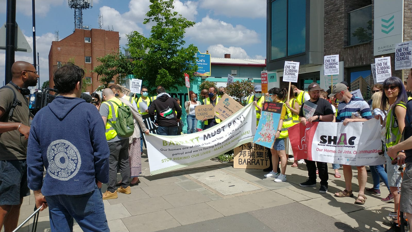 Bishops keep up support for the Polluter Pays and other news